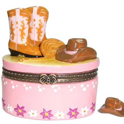 Box. Porcelain. Cowgirl. Hat and Boots. Pink Look.