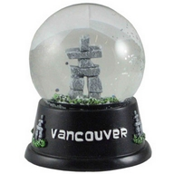 Waterglobe. Glass. 65 mm. Vancouver. Inukshuk. Black.